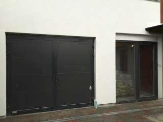 Dvoukřídlá Garážová vrata,design FLAT HLADKÝ-ANTRACIT ŠEDÁ , Brno
