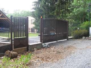 Dvoukřídlá Brána + Branka,RAL,dřevěná výplň, BRNO