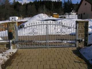 Dvoukřídlá Brána + pohon + oplocení, zakázková zámečnická výroba,Brno