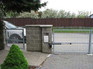 Dvoukřídlá Brána + pohon, hliníková konstrukce,Brno