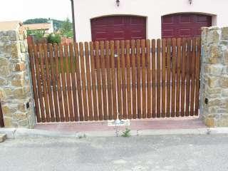 Dvouřkídlá Brána+ branka + oplocení ,PVC výplň,Brno