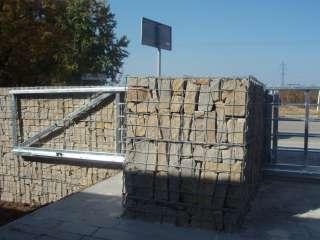 Samonosná brána ,hliníková konstrukce,SoběšicE