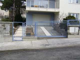 Samonosná posuvná brána + branka, hliníková konstrukce,RAL,Brno