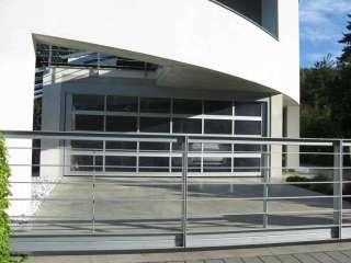 Samonosná posuvná brána + Vodorovná výplň-pásovina+vstupní branka-žárově zinkováno+El. pohon TOUSEK, Brno