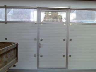 PRŮMYSLOVÁ VRATA 7x4 s Hliníkovým prosklením +dveře+RAL9006 DVEŘE,Brno