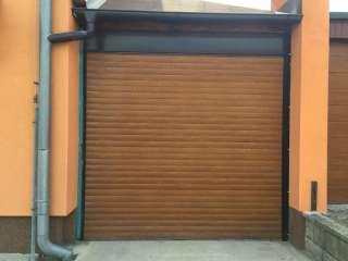 Rolovací vrata -IMITACE ZLATÝ DUB, osazení zevnitř garáže,Brno