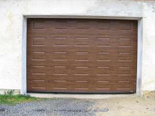 Garážová vrata sekční, design KAZETA, imitace TMAVÝ DUB, Brno