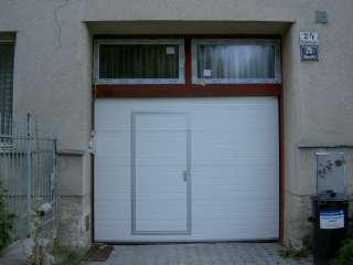 Garážová Vrata sekční design LAMELA, BÍLÁ+vstupní dveře
