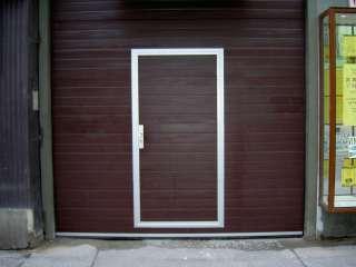 Garážová Vrata sekční design LAMELA, HNĚDÁ+vstupní dveře