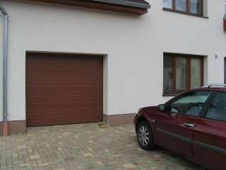 Garážová Vrata sekční design LAMELA, RAL HNĚDÝ, Brno