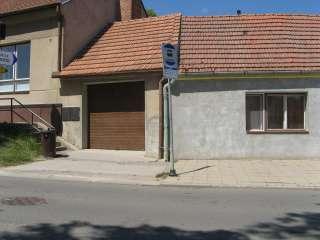 Garážová vrata sekční design LAMELA, TMAVÝ DUB,Brno