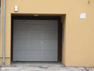 Garážová Vrata sekční design LAMELA, BÍLÁ + Vstupní dveře, Brno