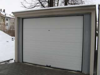 Garážová Vrata sekční design LAMELA, BÍLÁ do prefabrikátované garáže+ ocelová konstrukce, SVITAVY (4)